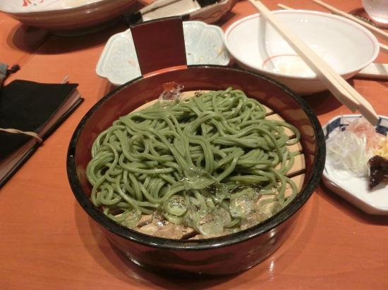 Grandarc Hanzomon Mon: 〆は茶そば  仕上げは軽く。3品から選ぶことが出来る。