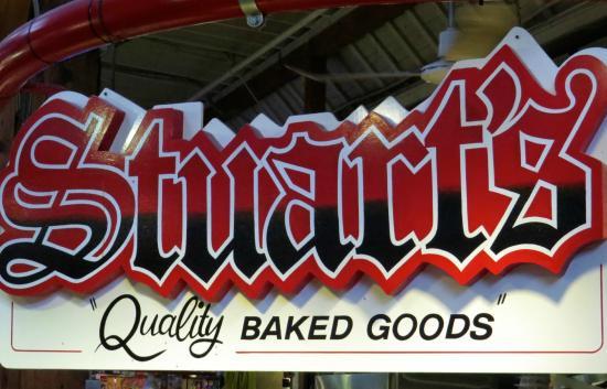 Stuart's Bakery : Sign