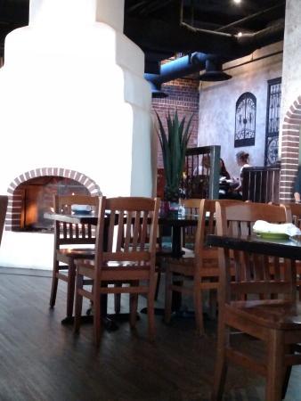 La Palapa Grill & Cantina: Dining area1