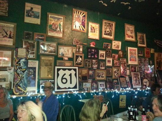 The Walnut Street Blues Bar