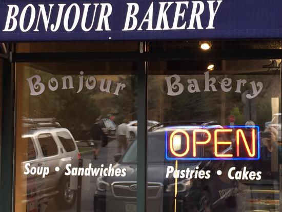 Bonjour Bakery of Vail: Exterior