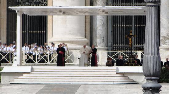 Собор Святого Петра: Papa Francisco em frente à Basílica II