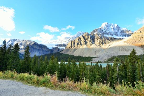 how to get to crowfoot glacier