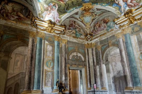 peinture trompe l 39 oeil picture of palazzo rosso genoa. Black Bedroom Furniture Sets. Home Design Ideas