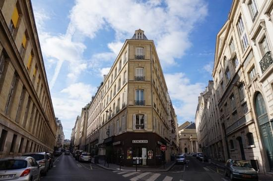 Picture of hotel delavigne paris tripadvisor for Paris hotel address