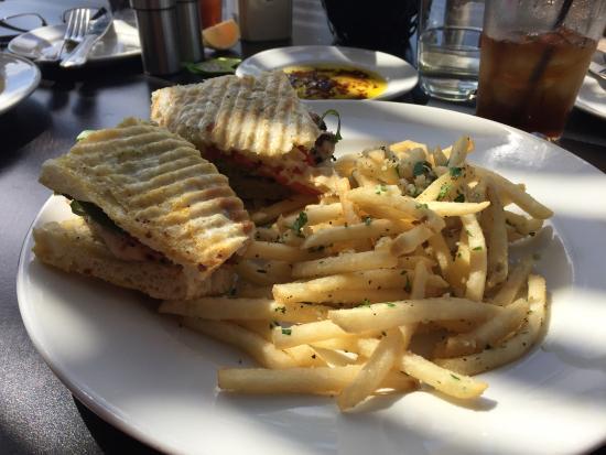 Herb grilled chicken picture of piatti restaurant san for Piatti ristorante