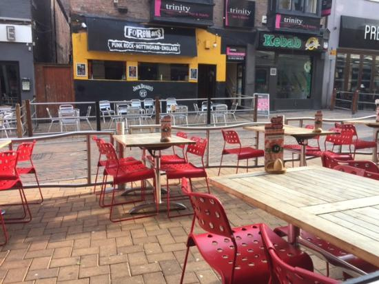 Nando's - Nottingham: view from inside of the outside
