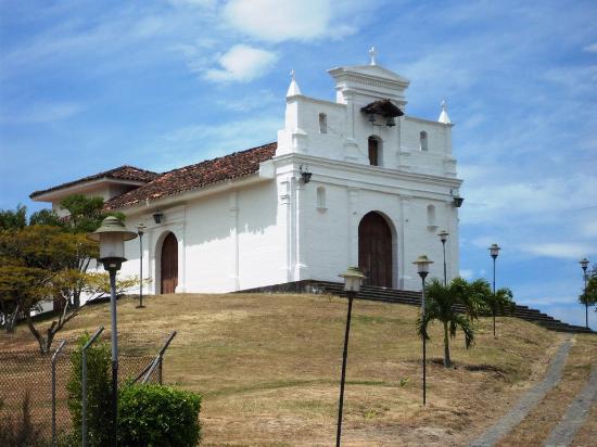 Ermita Nuetra Señora De Las Lajas