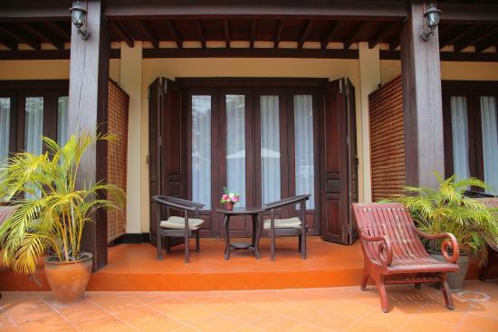 Sokdee Residence: Balcony