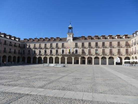 Plaza Mayor de Ocana