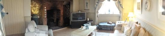 Elston, UK: The guest lounge