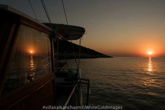 Pala Boat