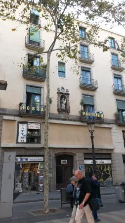 Hostal parisien barcelona spanje foto 39 s reviews en for Hostal parisien barcelona