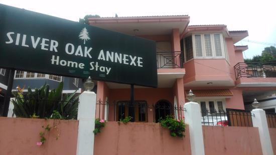 Hotel Silver Oak Annexe