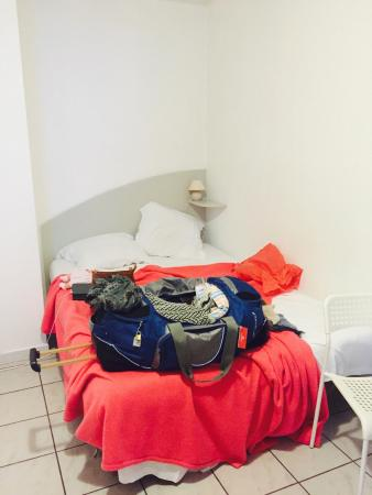 Residence Les Cordeliers: Bed uncountable in conner
