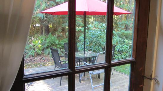 Applewood Cottage Courtenay Vancouver Island Bc