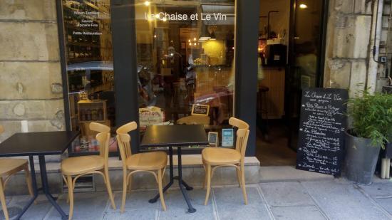 La Chaise et Le Vin
