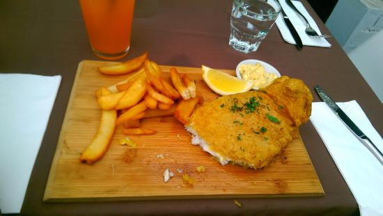 Mint Restaurant: Fish and chips