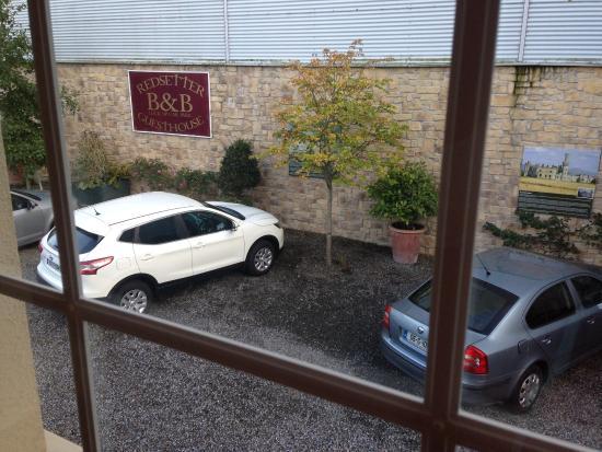 Red Setter Townhouse B&B : parking gratuito para huéspedes