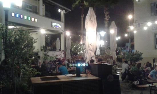 Beer Garden, Paulaner Sarona