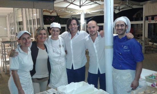Momenti di festa al Pinetina Mare e al Bagno Vittorio.... - Foto ...
