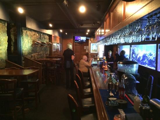 Lake Lotawana, MO: the bar area