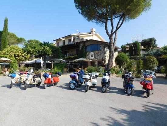 Hotel Rosati: Area Parcheggio