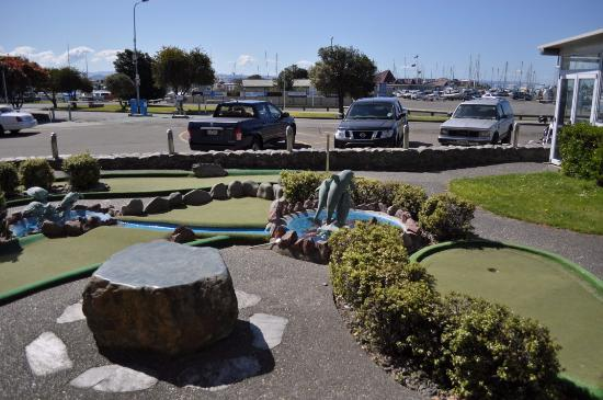 Bluewater Hotel: Mini Golf