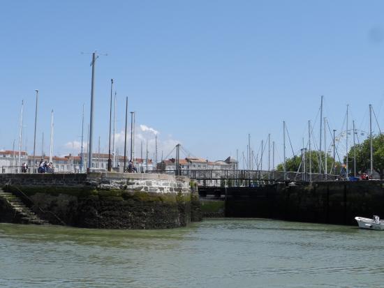 Vieux port photo de vieux port la rochelle tripadvisor - Parking du vieux port la rochelle ...