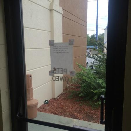 Red Roof PLUS+ \u0026 Suites Chattanooga - Downtown Dont prop door open sign on door & Dont prop door open sign on door with a broken lock so anyone can ...