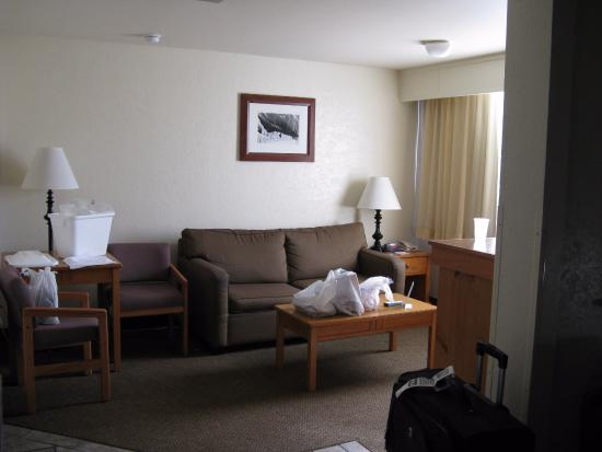 BEST WESTERN Pony Soldier Inn & Suites: sitting area