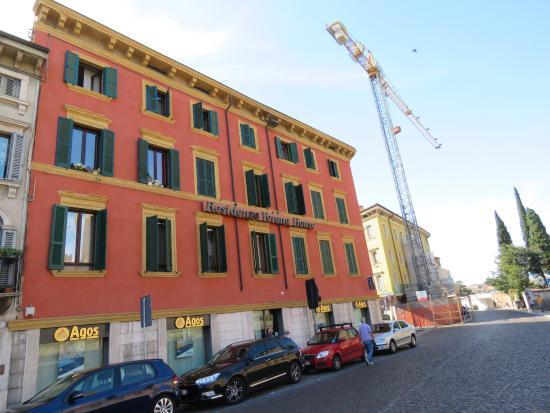 Aparthotel Verona House : Fachada