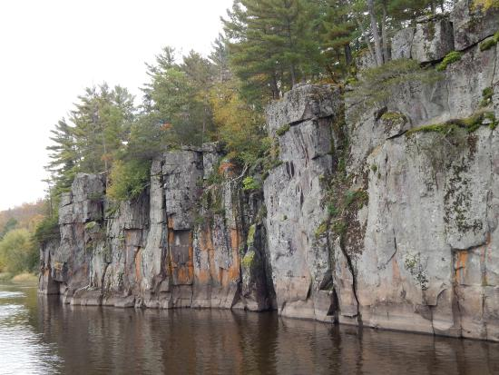taylors falls singles The drive-in taylors falls the drive-in, taylors falls get menu, reviews, contact, location, phone number, maps and more for the drive-in restaurant on zomato.