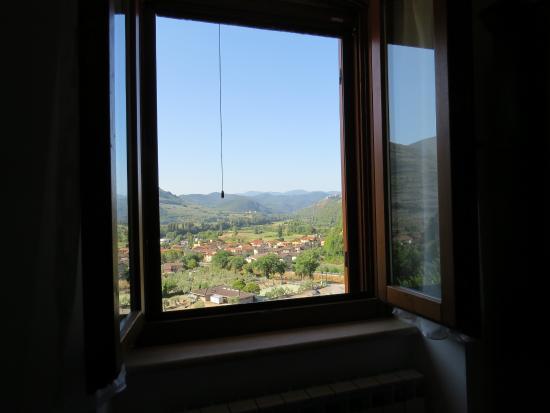 Pucci Country House: camera con vista