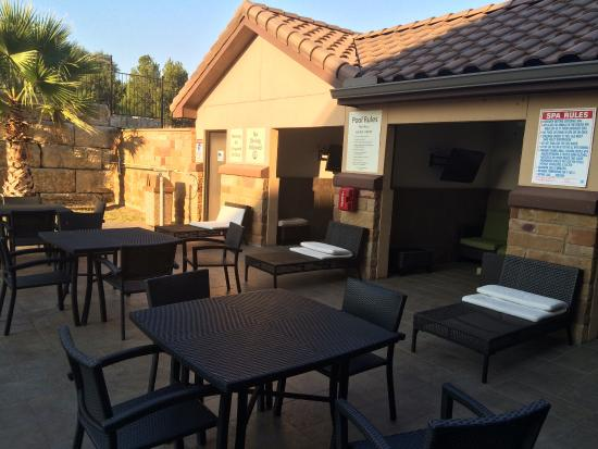 Holiday Inn Express Lakeway: photo1.jpg