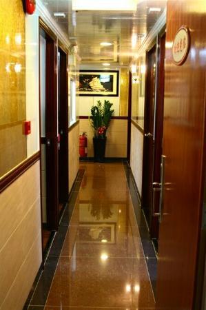 Hang Ho Hostel: 走廊