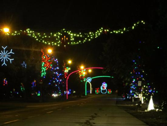 Frankenmuth Christmas.Lights In The Parking Lot Picture Of Bronner S Christmas