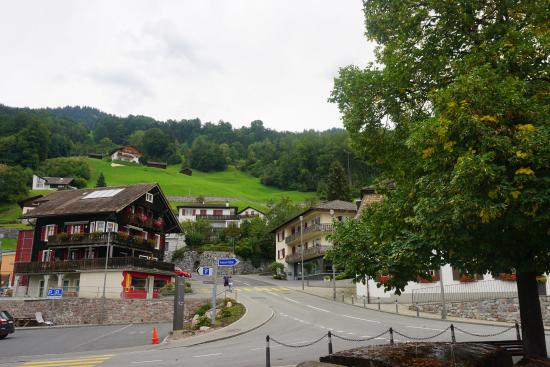 Hotel Hofbalzers (Balzers, Liechtenstein) - Reviews