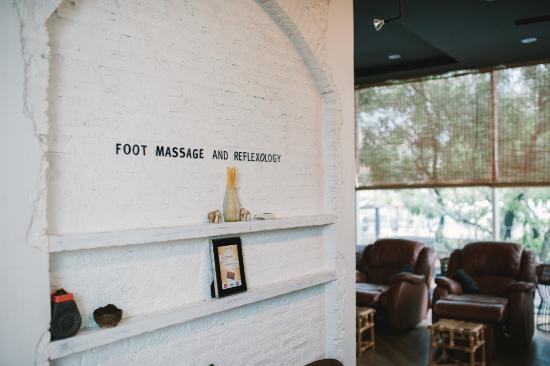 Zense Massage