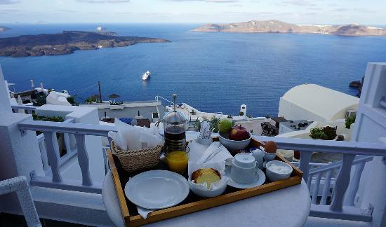 Santorini View: Завтрак на балконе