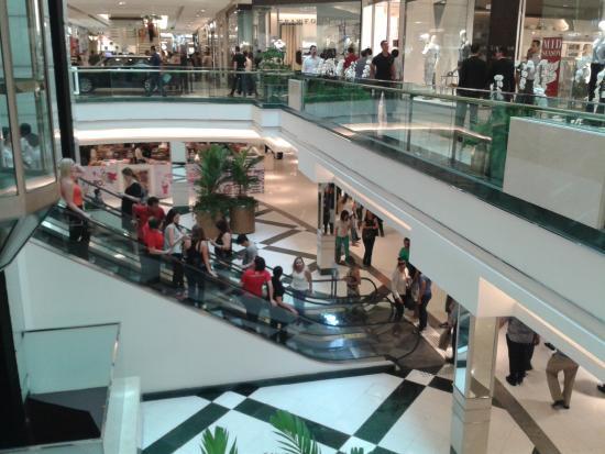 04fadbdcb5ca2 Oakley Brasil Shopping Morumbi