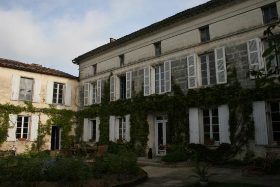 Chambre d 39 hotes chez nous b b reviews siecq france - Chambre d hote savoie bienvenue chez nous ...