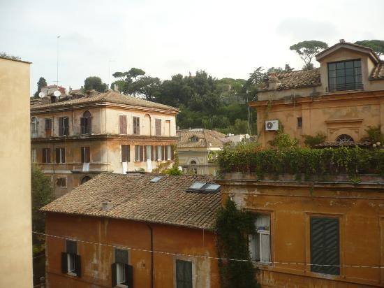 Babuino 79 updated 2017 villa reviews price comparison for Hotel via del babuino