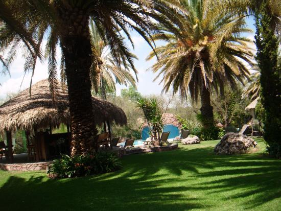 Nirvana Restaurant and Retreat: Toward the pool area.