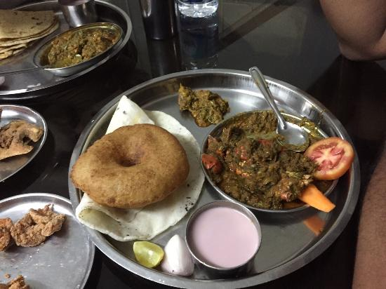 The best malvani food in chiplun - Review of Hotel Abhishek