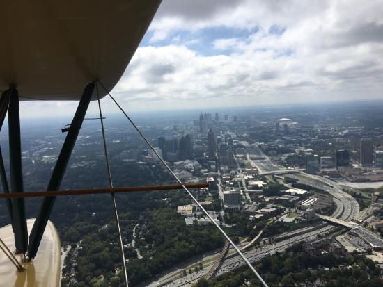 Biplane Rides Over Atlanta: Great time flying over over buckhead and downtown Atlanta!