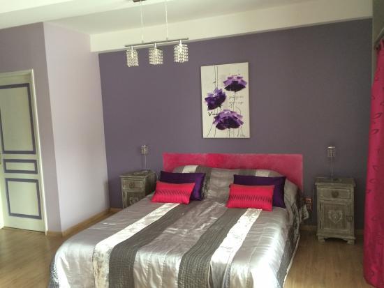 Domaine de Merete : Das lila Zimmer