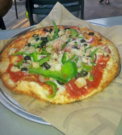 Pieology: Pizza on crispy thin dough..add your own toppings