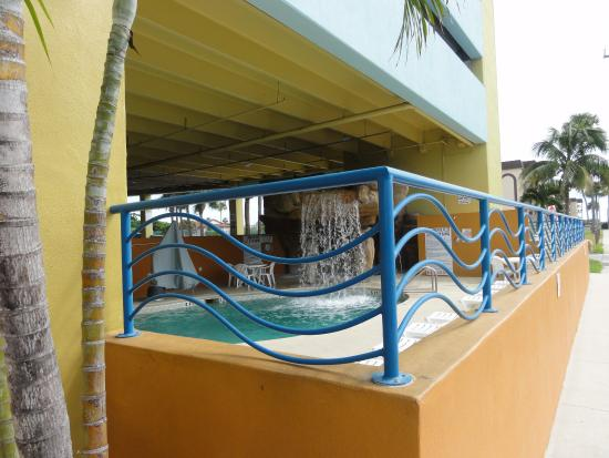 Four Points By Sheraton Cocoa Beach Swimming Pool