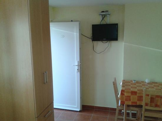 Anna Guesthouse: STUDIO